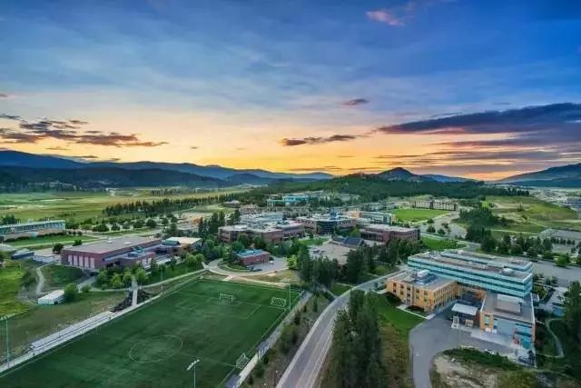 加拿大UBC不列颠哥伦比亚大学本科申请要求
