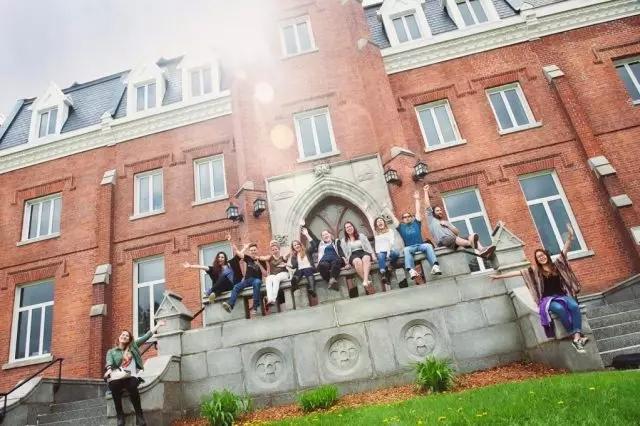 毕索大学11.webp.jpg