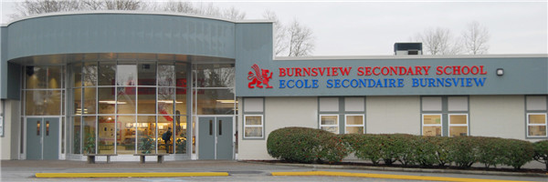 Burnsview 中学1.jpg