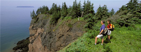 cape_chignecto_hikers.jpg