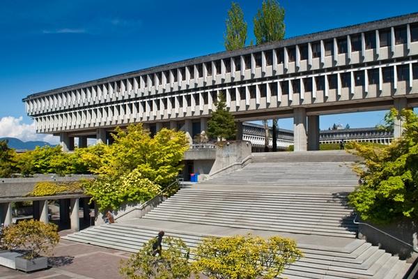西蒙菲莎大学-(SFU大学Burnaby校区).jpg