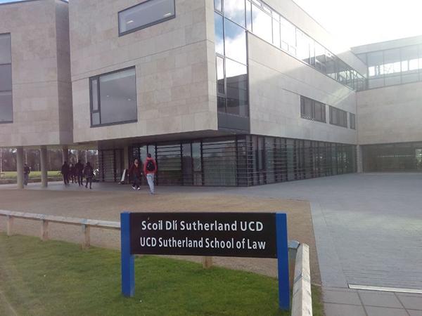 UCD法学院.jpg