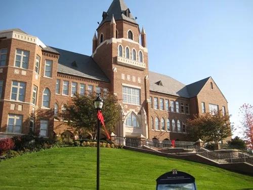圣路易斯大学444.webp.jpg